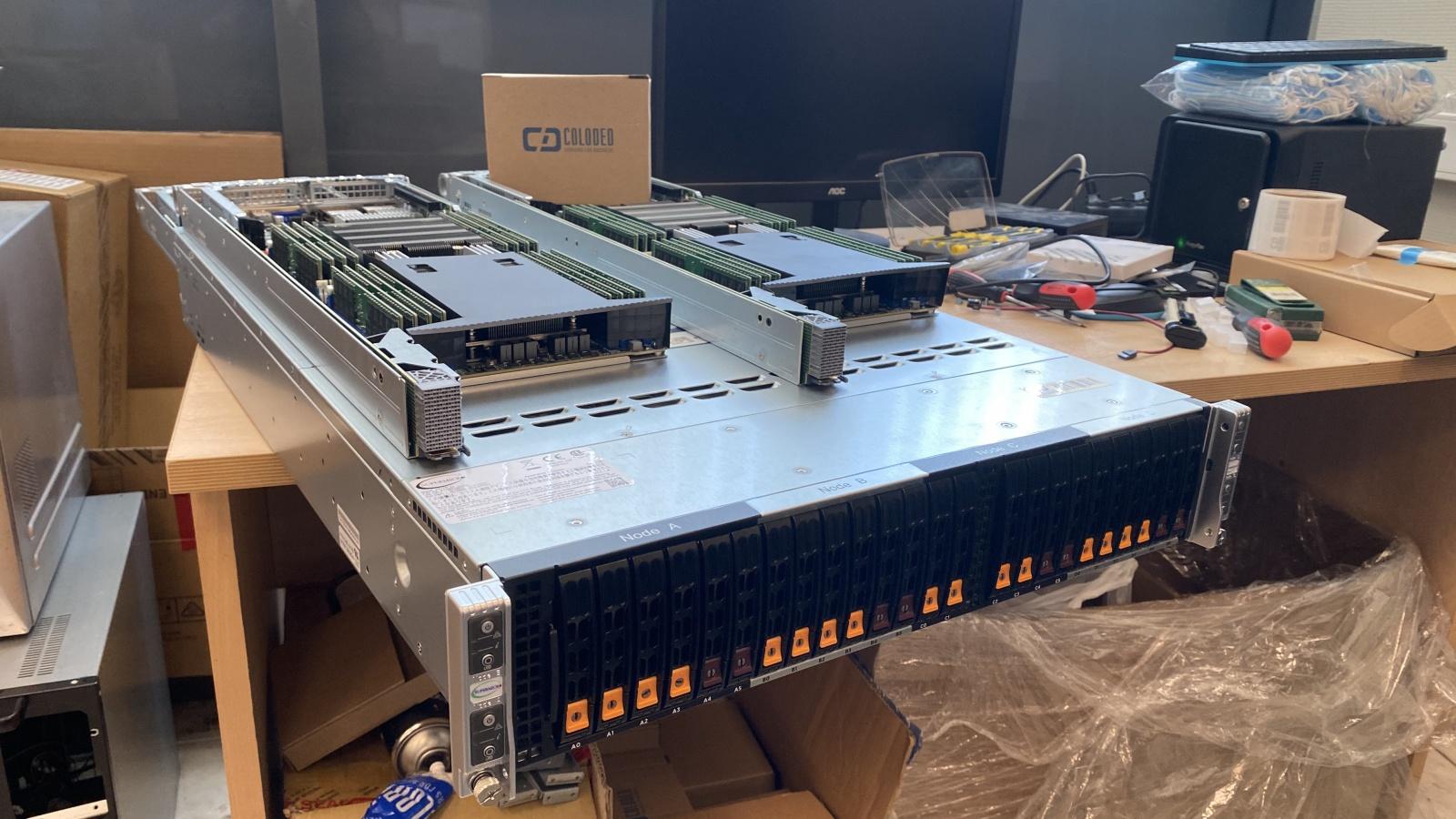 Самый мощный сервер Supermicro в Москве на основе AMD Epyc - 6