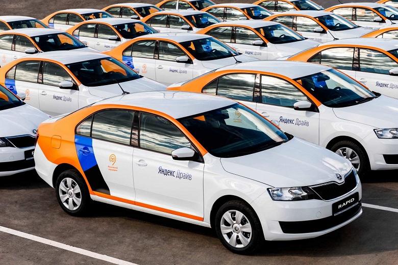 На автомобилях Яндекс.Драйва стало можно таксовать