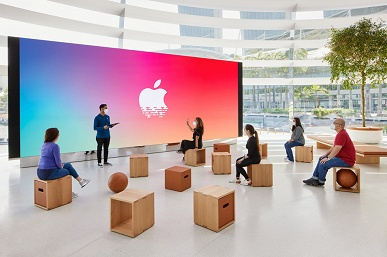 Apple умеет поражать своими фирменными магазинами. Marina Bay Sands в Сингапуре построен на воде