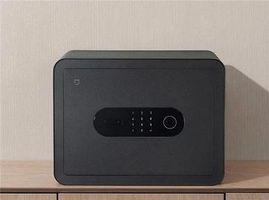 Эта недорогая новинка Xiaomi позволит сохранить ваши деньги и ценности в безопасности. Сейф Mijia Smart Safe Deposit Box стоит 95 долларов
