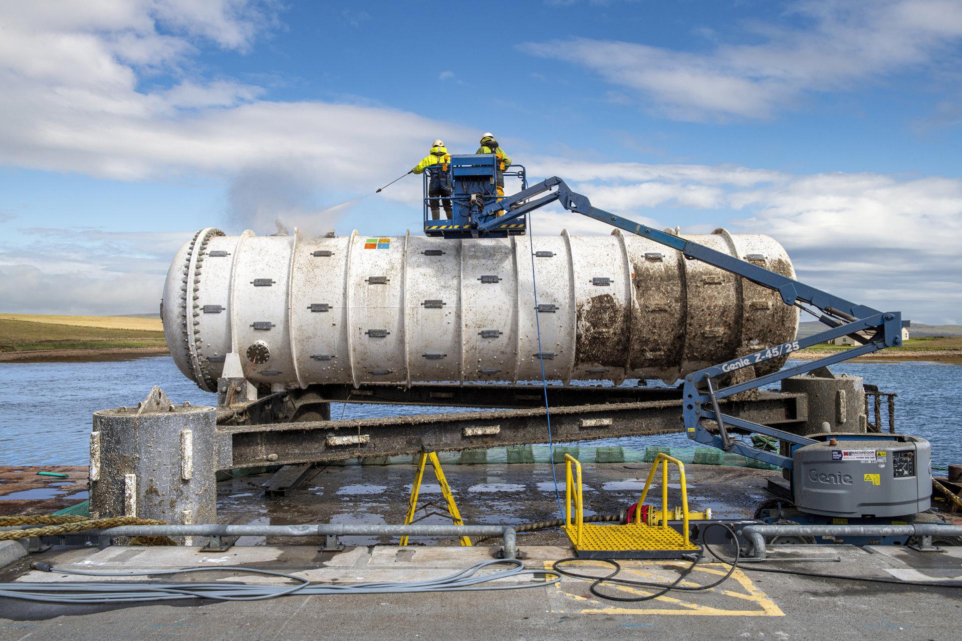 Microsoft отчиталась об успешном проведении эксперимента по созданию подводного дата-центра - 8