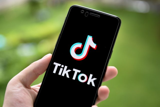 Трамп одобрил сделку TikTok с Oracle