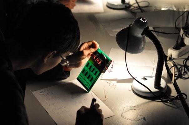 Пётр Соболев: «В отличие от анимации, демосцена подразумевает написание кода» - 15
