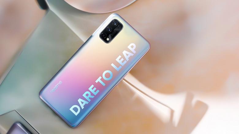 Realme готовит ещё один удар по Xiaomi. Новый смартфон линейки Realme Q получит 65-ваттную зарядку при, предположительно, невысокой цене