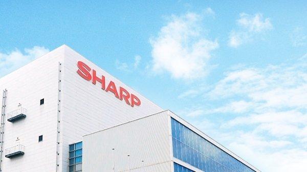 Sharp приписывают намерение выделить производство дисплеев в самостоятельный бизнес