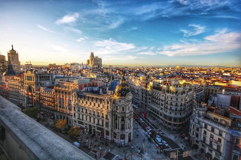 [Личный опыт] Туда и обратно: как дизайнер ездил работать в Мадрид и почему вернулся в Москву - 1