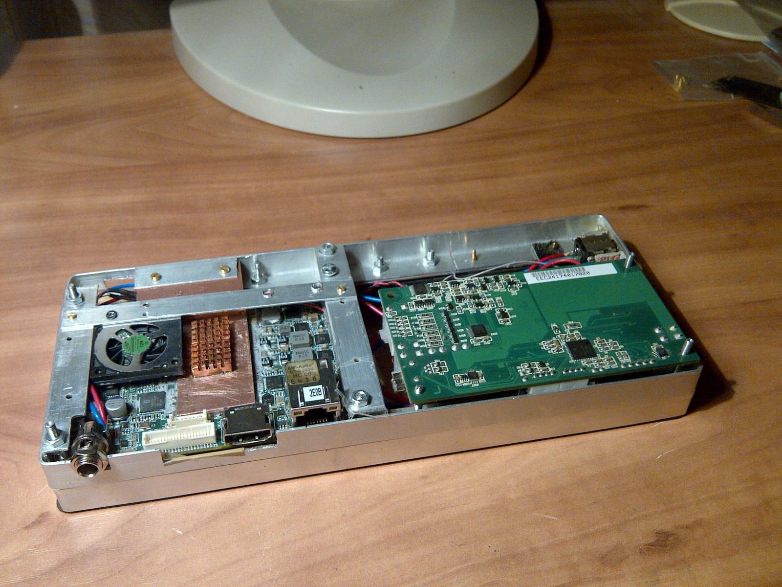 Сборка очень компактного планшетного ПК на базе Core i7 - 3