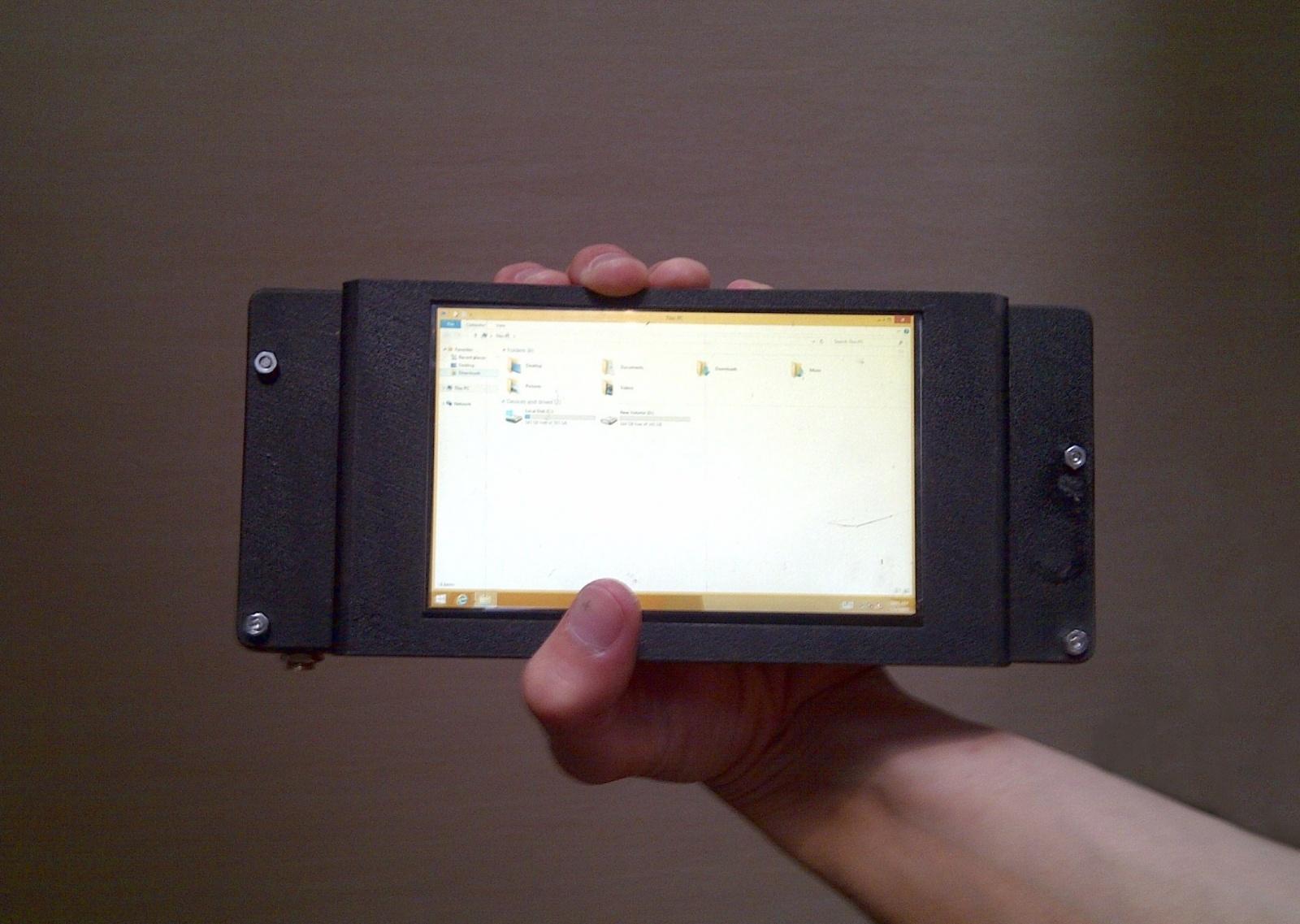 Сборка очень компактного планшетного ПК на базе Core i7 - 1