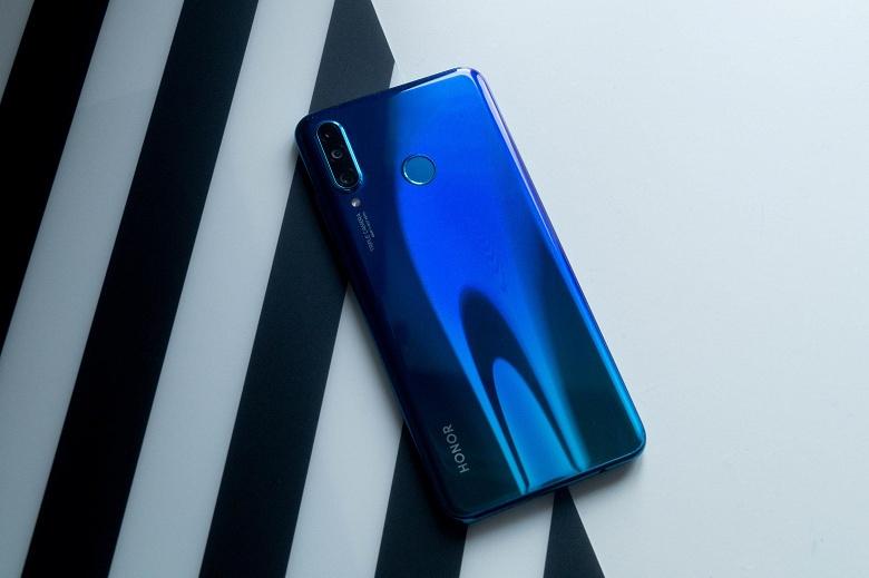 Huawei никому не отдаст Honor
