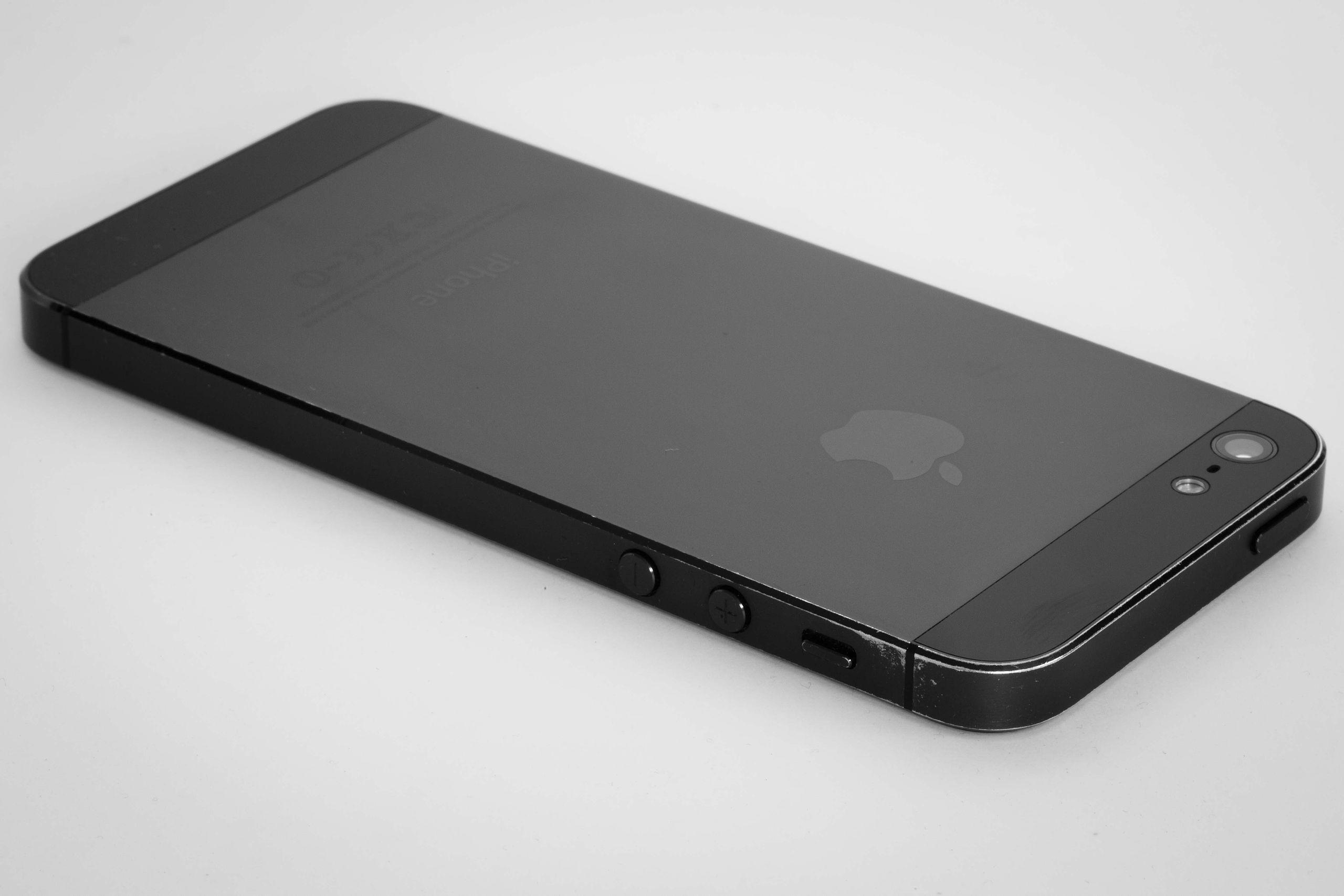 Развитие iPhone: от 2G до 5G - 5