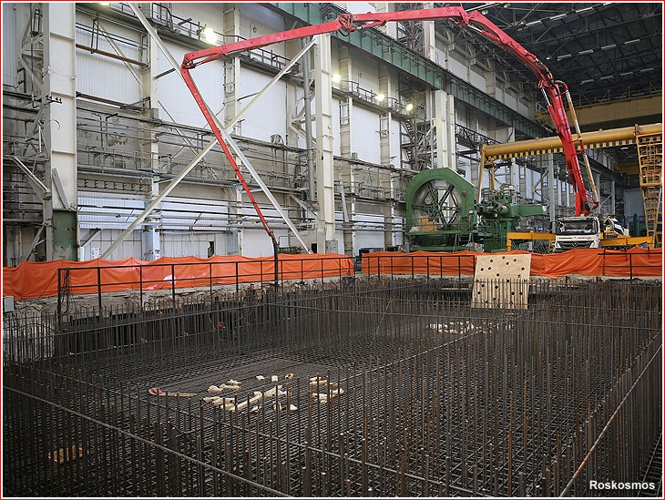 Работы по закладке фундамента сварочного центра по производству танковой части ракеты Союз в цехе № 2233 РКЦ «Прогресс» в начале октября 2020 года.