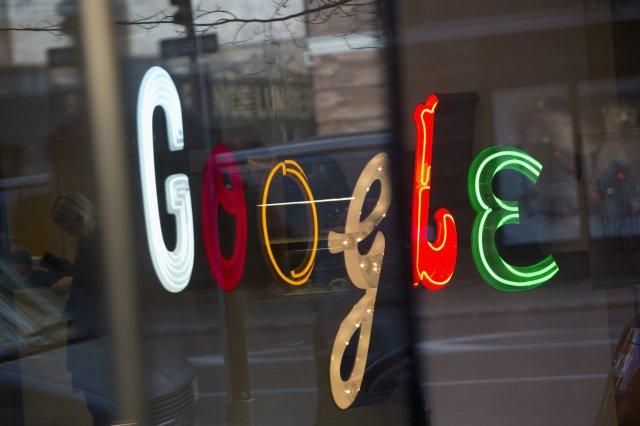Тёмный-тёмный поиск: Google перестанет ослеплять поисковой выдачей