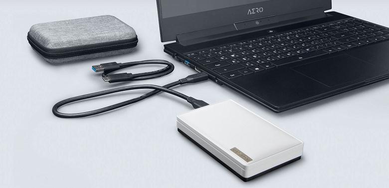 Внешний твердотельный накопитель Gigabyte Vision Drive оснащен интерфейсом USB 3.2 Gen2 x2