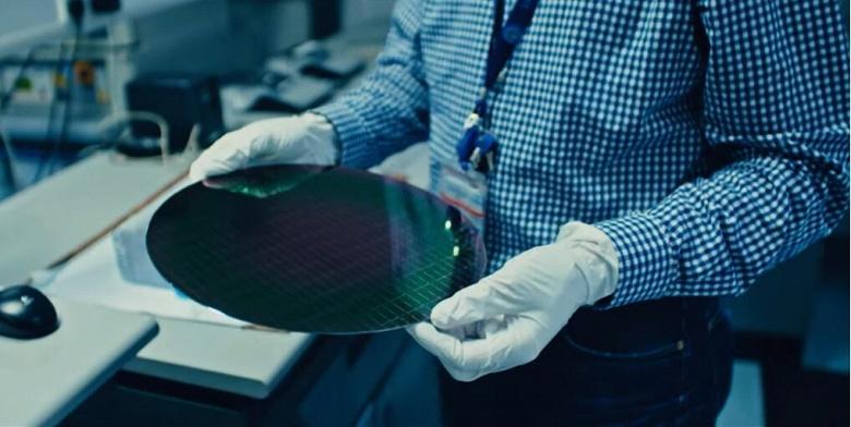 Intel заверяет, что с 10-нанометровым производством все хорошо