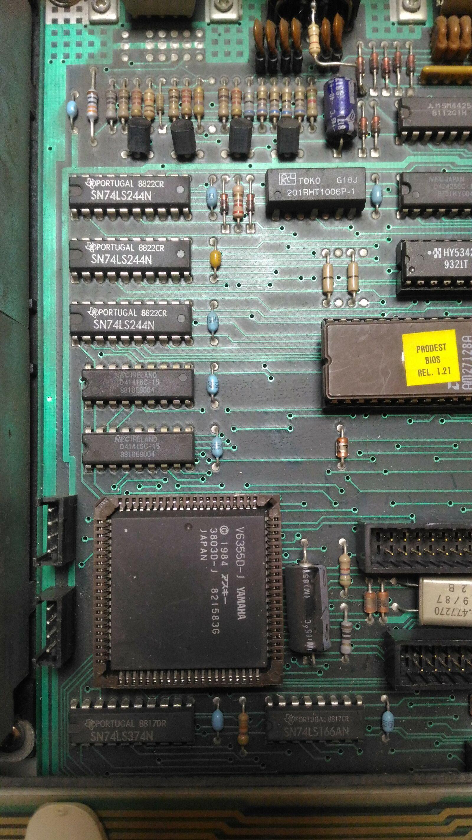 Итальянская IBM-PC Olivetti Prodest PC1 HD - 12