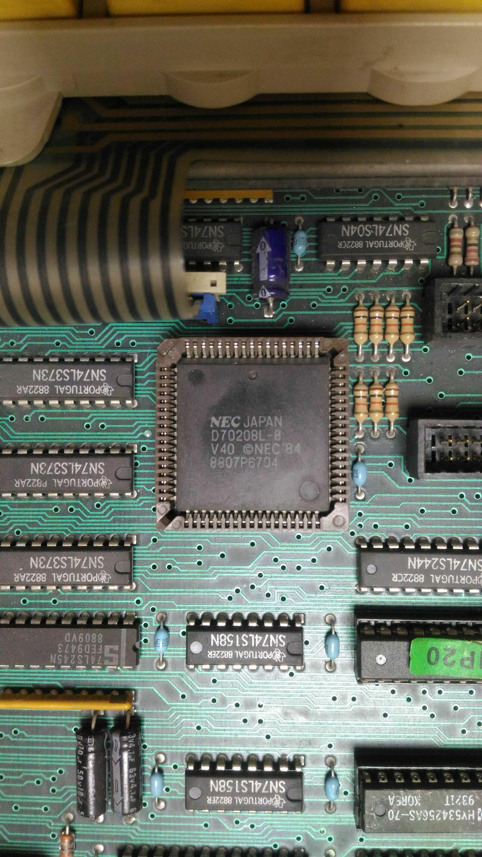Итальянская IBM-PC Olivetti Prodest PC1 HD - 8