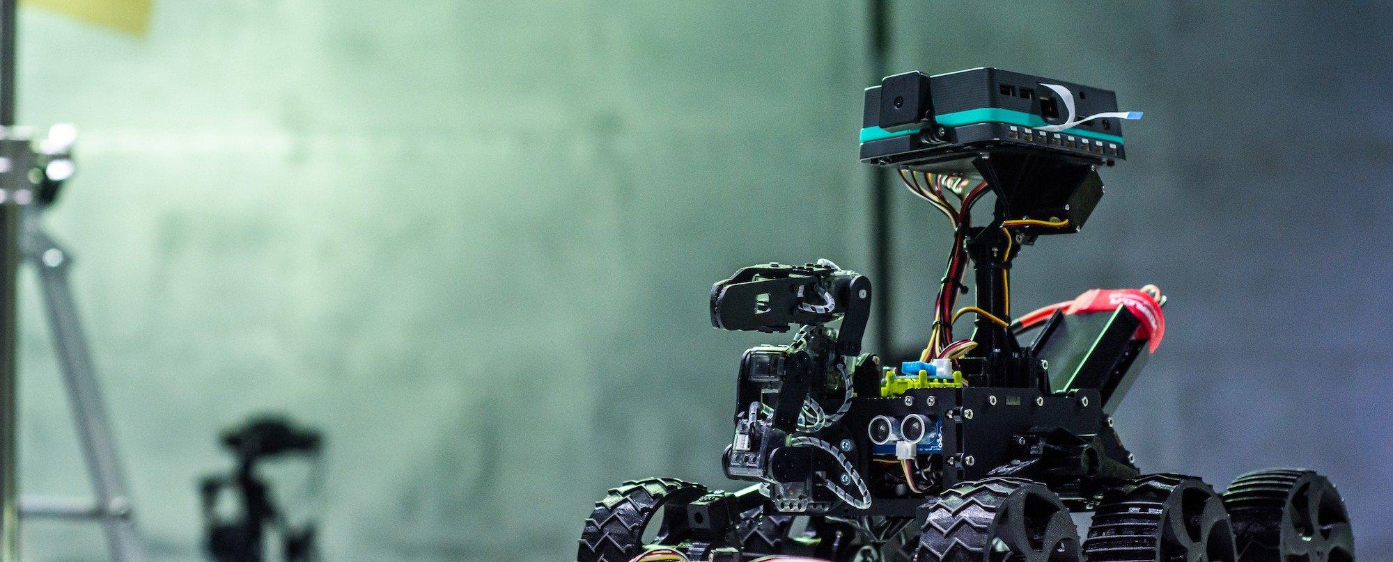 pi-top [4] — конструктор роботов для детей и взрослых на основе Raspberry Pi - 1