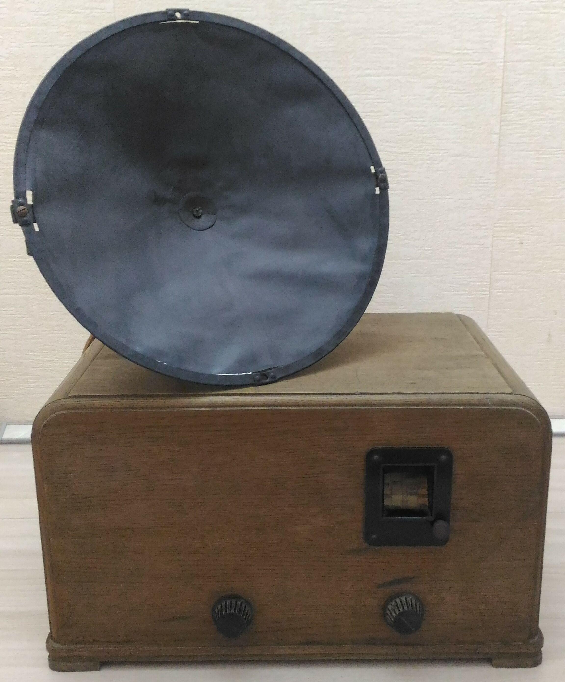 Схемотехника 100 лет назад. Обзор довоенного радиоприемника ЭЧС-3 - 1