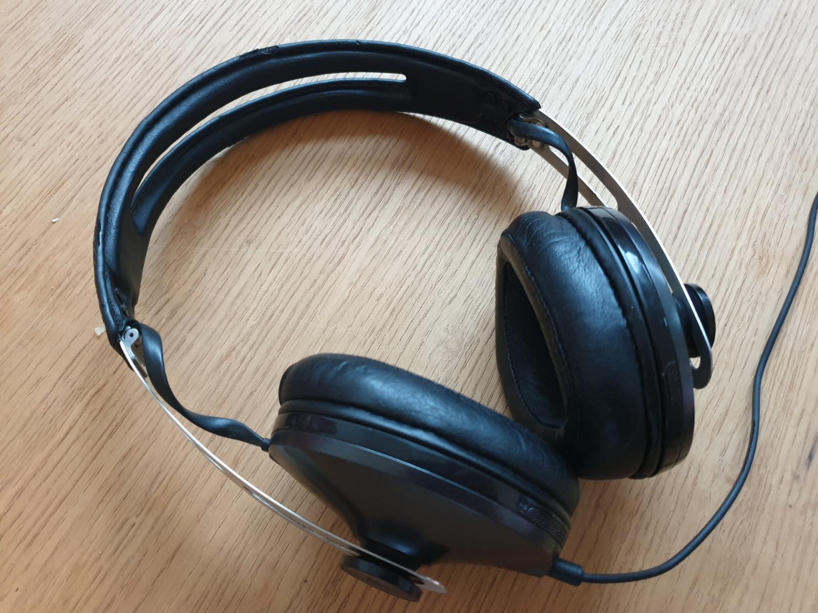 Sennheiser Momentum 2 Wireless: когда-то были беспроводными, но электроника сдохла после 3 лет использования.