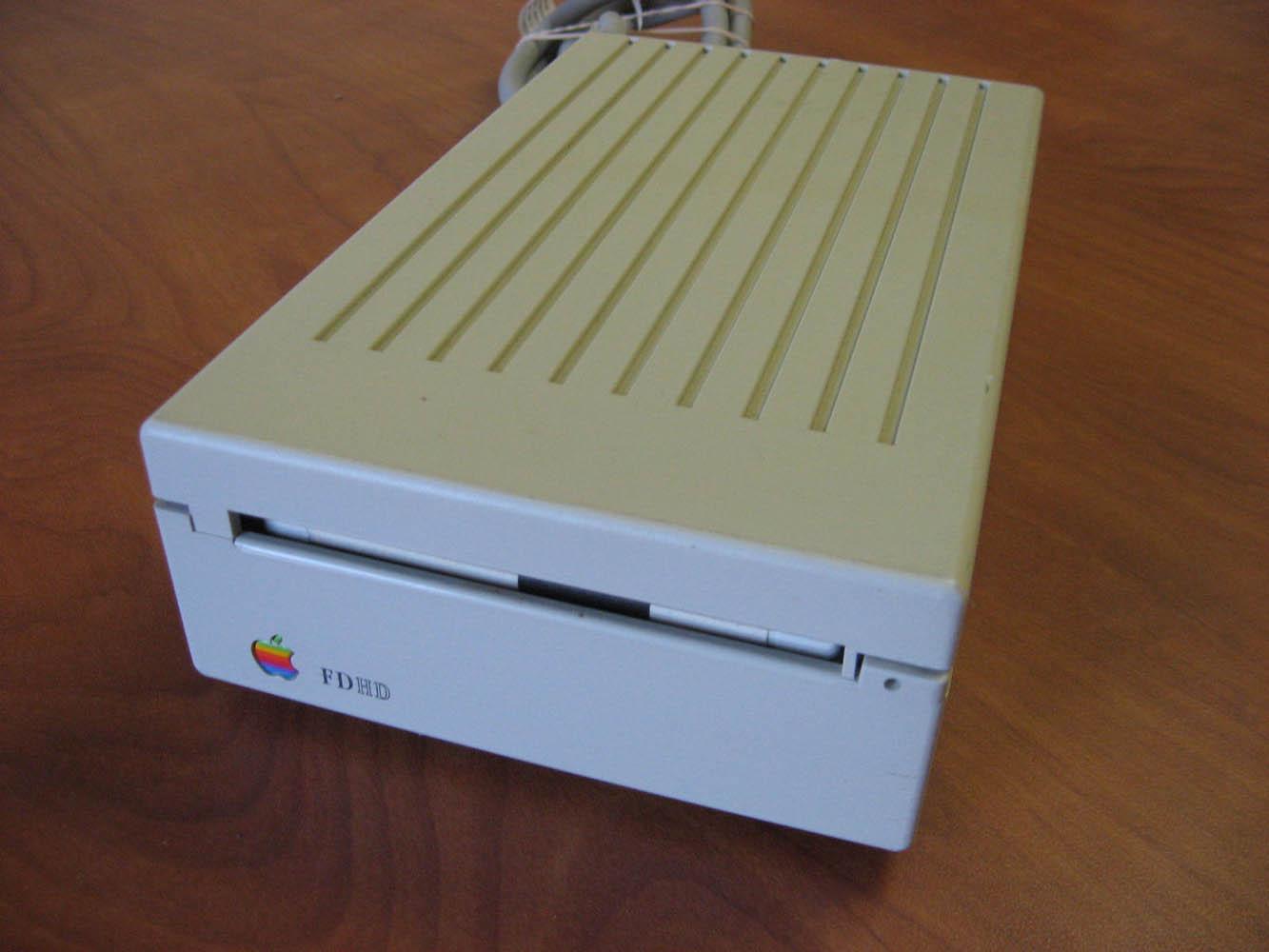 Какой из Макбуков лучший за всю историю Apple? - 8