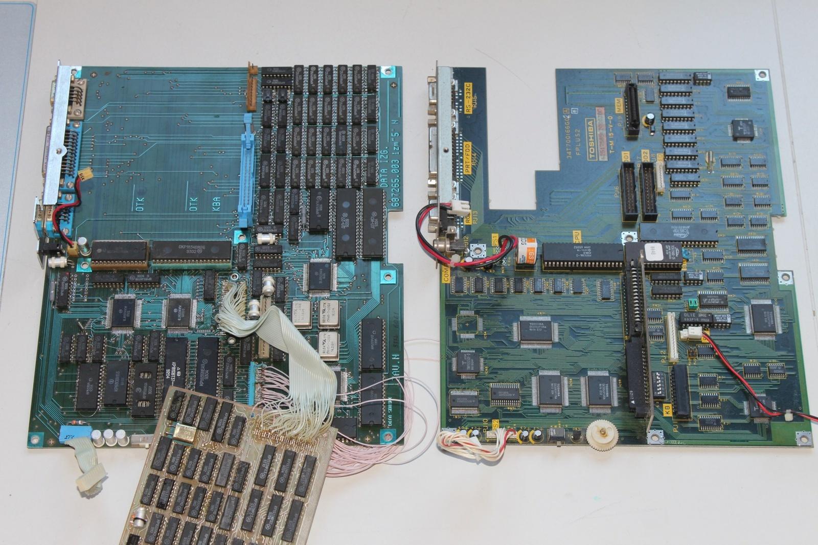 Материнские платы МС 1504 и Toshiba T1100