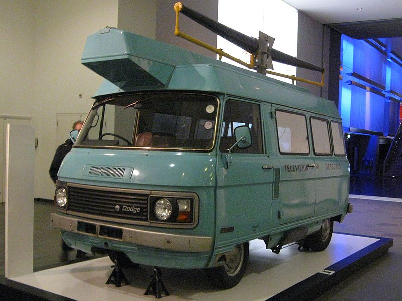 Dodge SpaceVan образца 1969 года, оборудованный как фургон-детектор