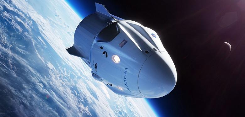 Зарождение частного коммерческого космического туризма. Корабль SpaceX Crew Dragon доставит двух туристов на МКС в следующем году