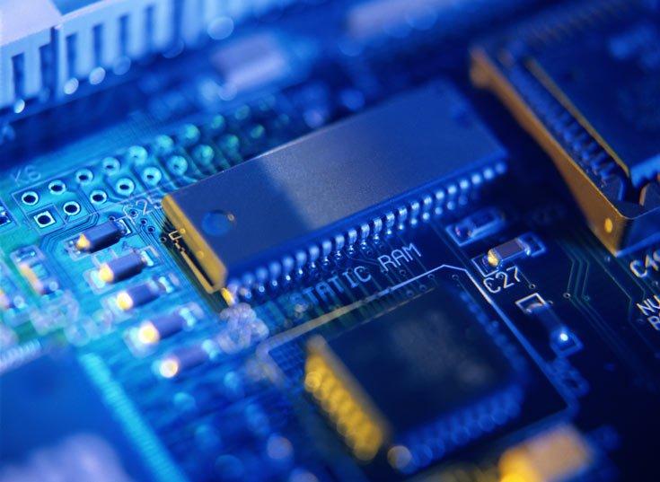 Сегмент полупроводниковых изделий для вычислительных систем в 2020 году опередил рынок в целом - 1