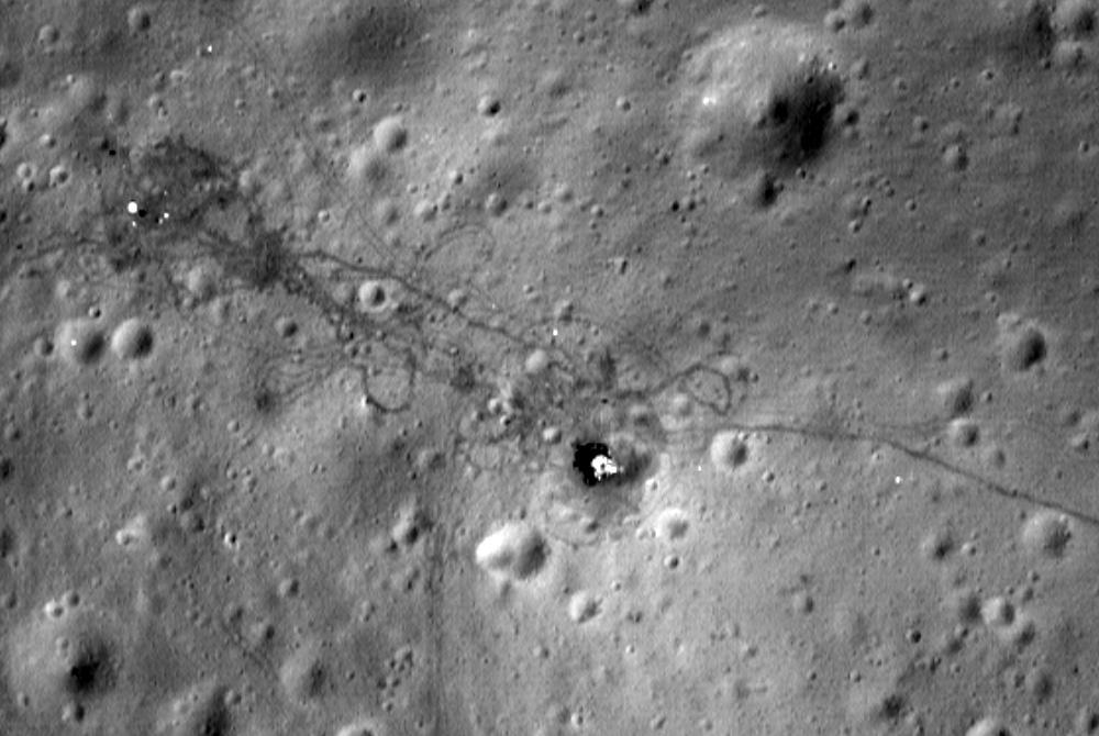 Место посадки Apollo 15 со спутника LRO