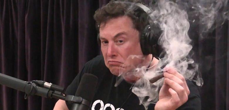 Илон Маск больше не самый богатый человек в мире