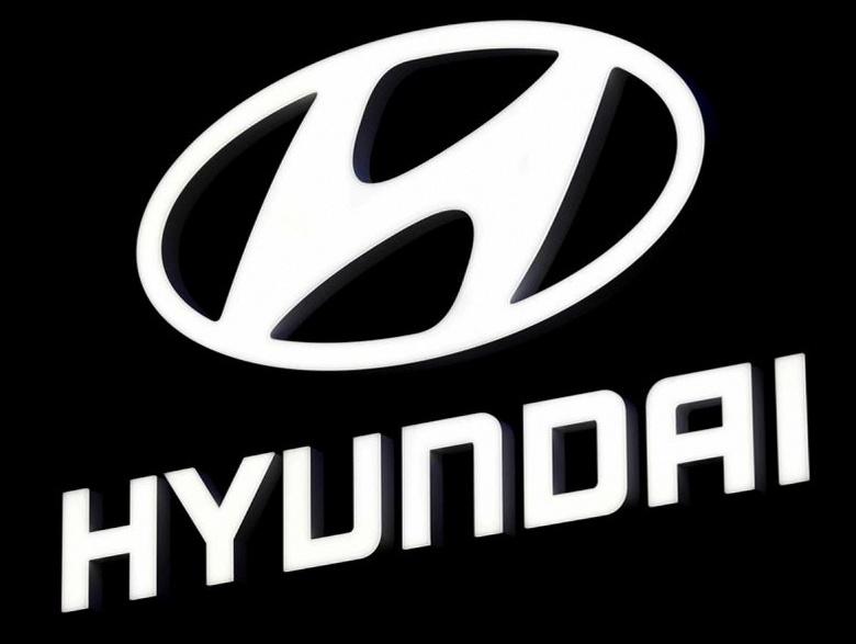 Южнокорейская биржа рассмотрит сделки руководителей Hyundai, связанные с сообщением о переговорах с Apple
