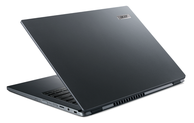 Практичный ноутбук Acer TravelMate P4 прибыл в Россию