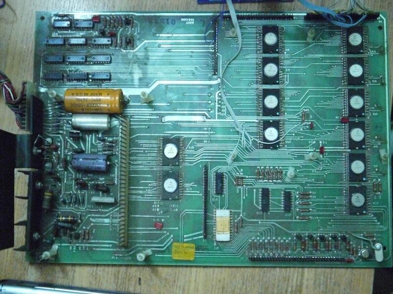 Реверс-инжиниринг калькулятора с логикой -17В и частотой работы 200КГц - 2