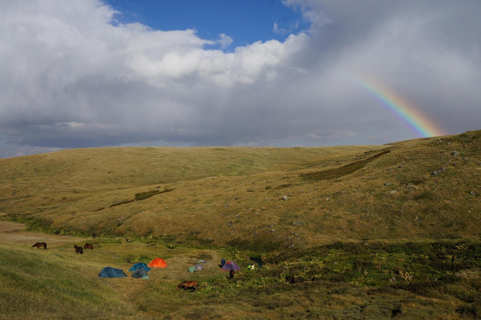 Радуга над плато УКОК на Алтае