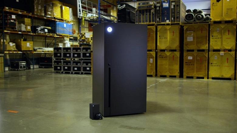 Официально: Microsoft выпустит мини-холодильники Xbox Series X