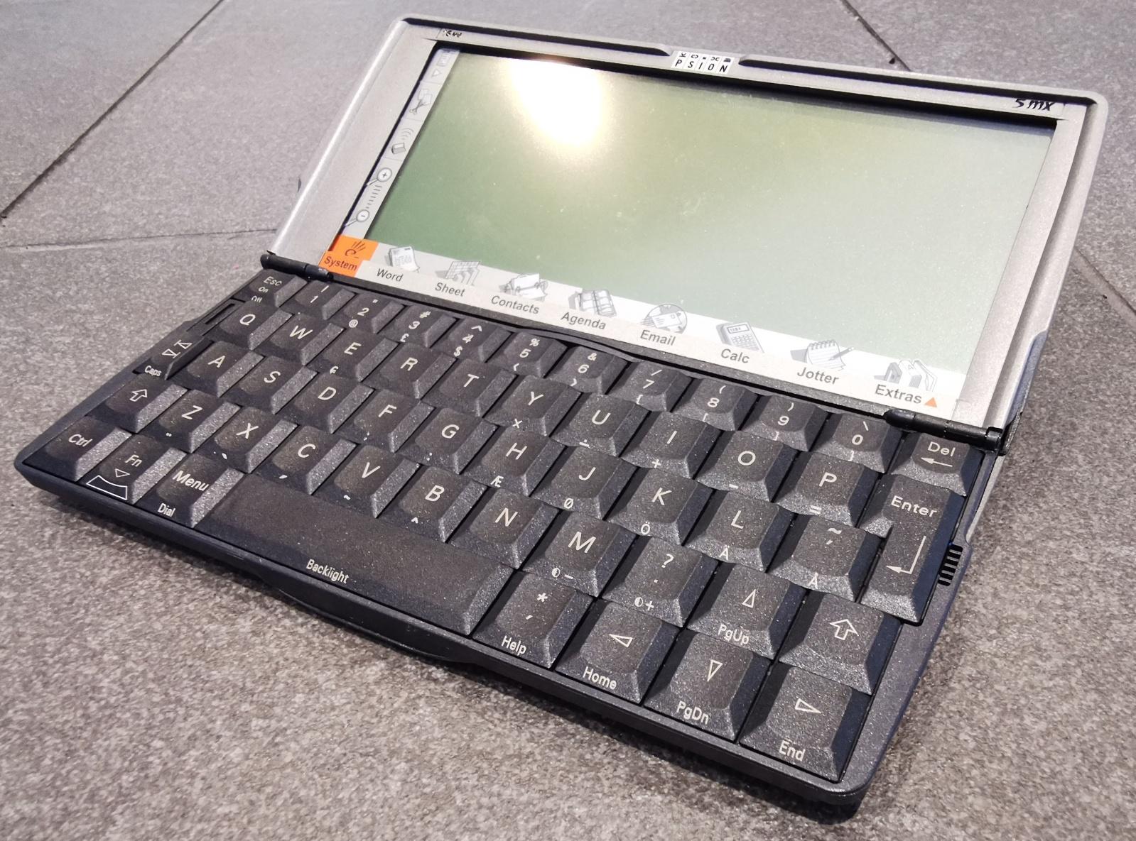 Уроки Symbian OS — фиаско топ менеджеров, колосс на глиняных ногах, или неотвратимость бытия? - 2