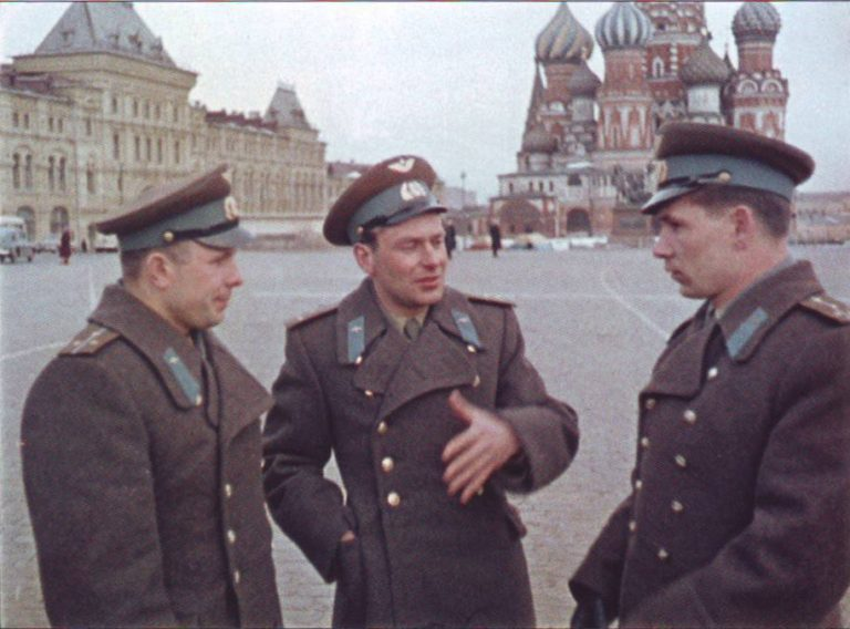 Полет Гагарина: История реальная и альтернативная - 2