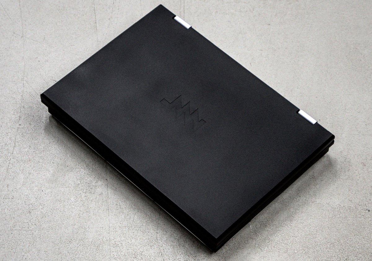 Модульный открытый «ноутбук для параноиков» начали рассылать заказчикам - 4