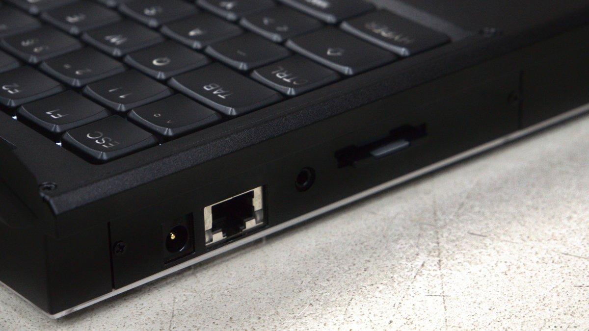 Модульный открытый «ноутбук для параноиков» начали рассылать заказчикам - 5