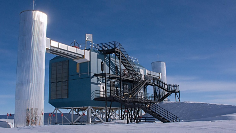 Нейтринная обсерватория на дне Байкала - 9