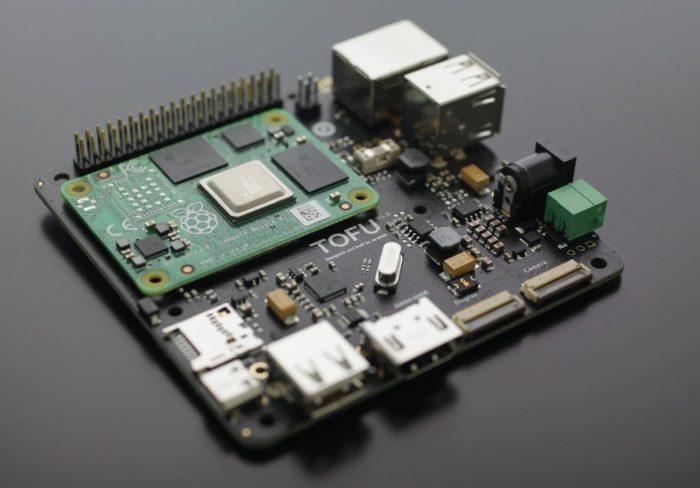 MirkoPC — «док-станция» для Raspberry Pi 4, превращающая «малинку» в полноценный ПК - 2