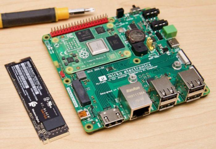 MirkoPC — «док-станция» для Raspberry Pi 4, превращающая «малинку» в полноценный ПК - 1