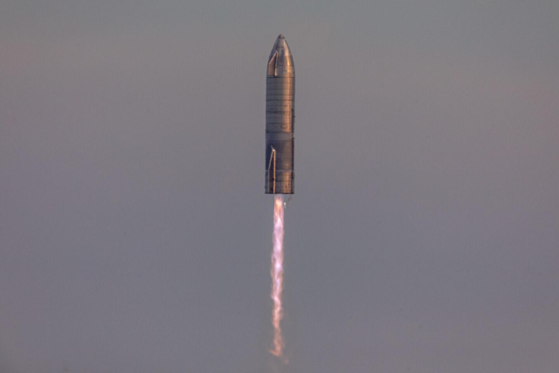 NASA выбрало SpaceX для полета на Луну, и это ключевой момент в истории космонавтики - 1