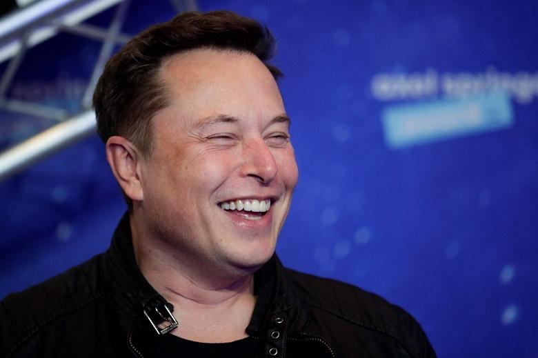 Успешный квартал Tesla позволяет Маску получить опционы на сумму 11 млрд долларов
