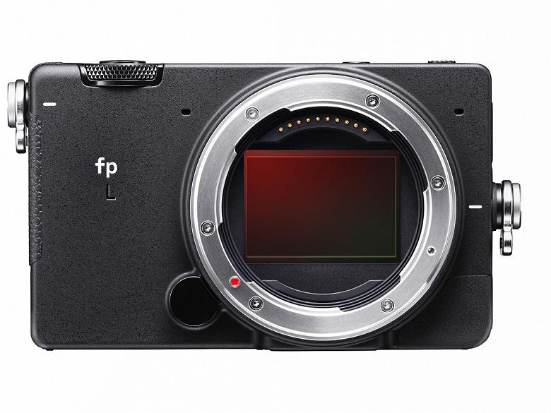 Вышло первое обновление прошивки для камеры Sigma fp L - 1
