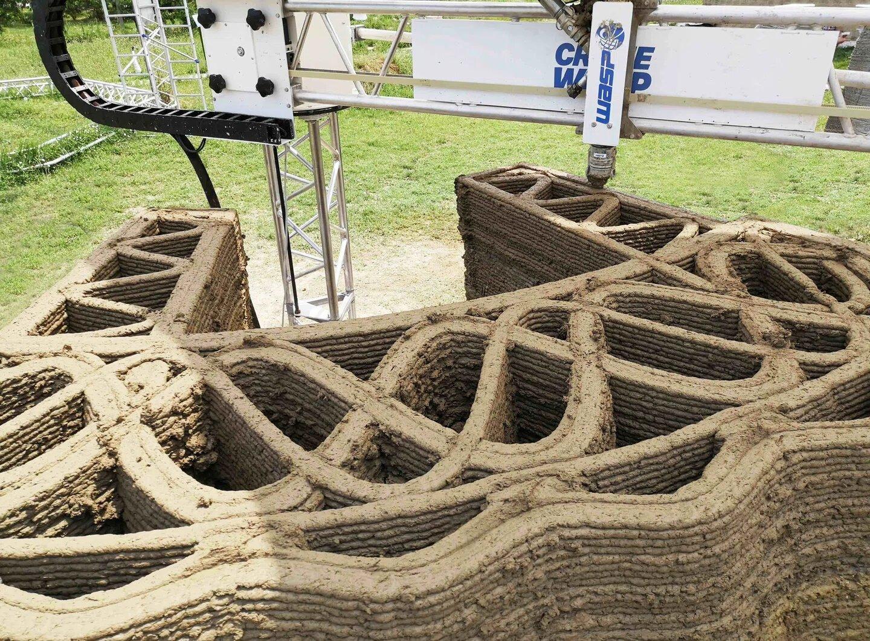 Первый глиняный дом, напечатанный на 3D принтере - 3