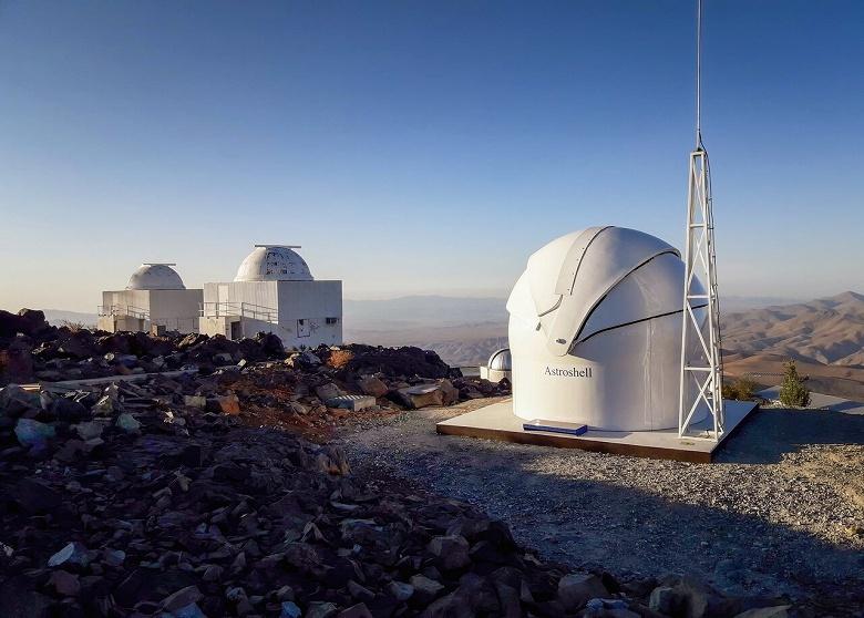 Телескопы на страже безопасности Земли. Обсерватории в Чили и Испании будут следить за небом в поисках потенциально опасных объектов