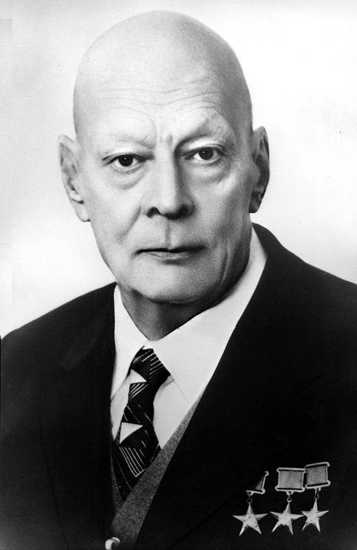 Анатолий Петрович Александров