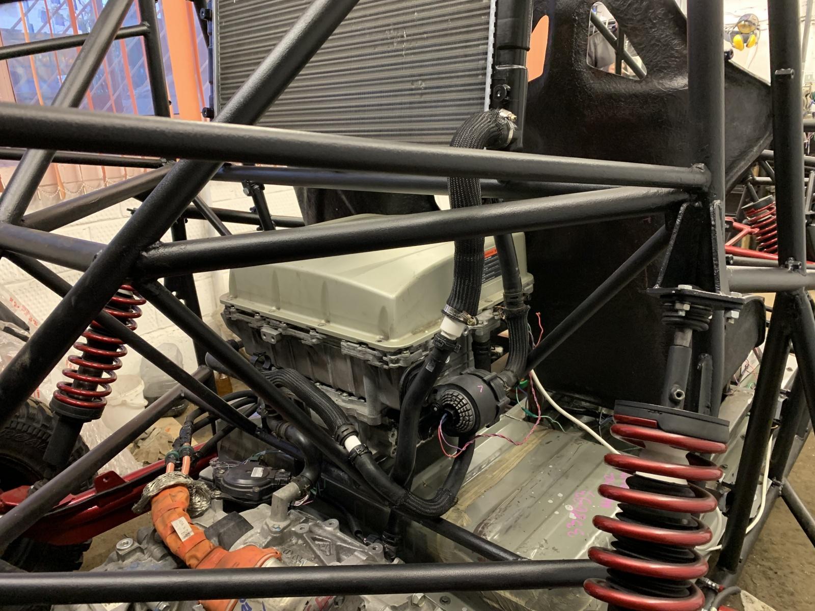 Как сделать самодельный электрический багги с мощным мотором. Часть 3. Тормоза, охлаждение, сидения, селектор, улица - 11