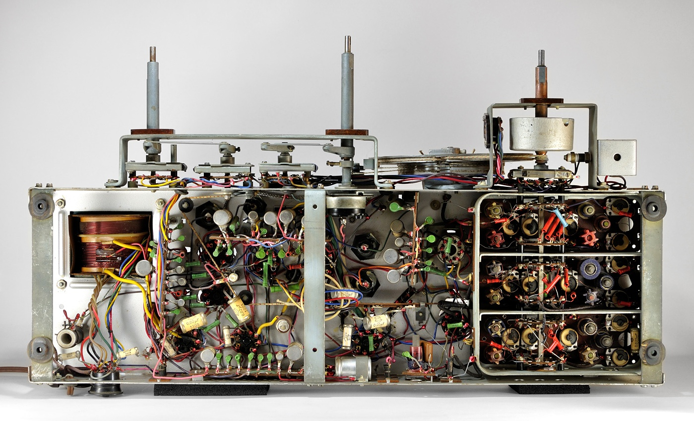О дивный новый «Мир»! Восстановление советской радиолы. Часть 2 - 4